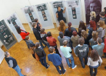 Peer Education: Students Giving Tour of the Anne Frank Exhibit to Their Classmates